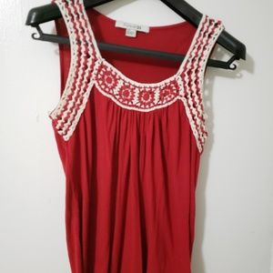 Small red and white top Forever 21